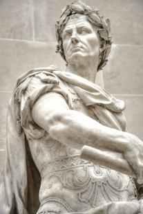 Ceser Statue